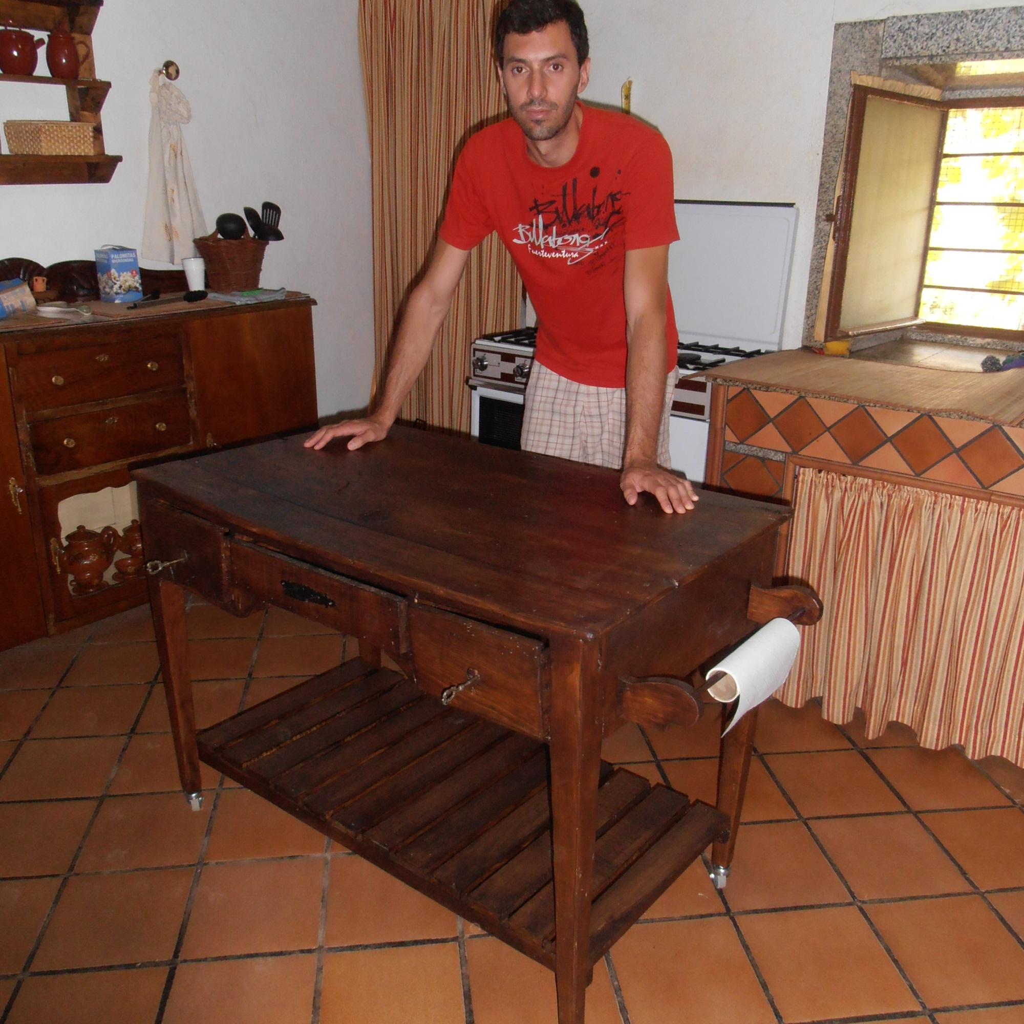 Transformación - Restauración de mesa de cocina antigua